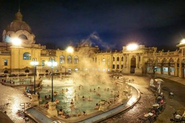 Top 5 thermal baths in Budapest: relaxing in Europe's thermal spa capital
