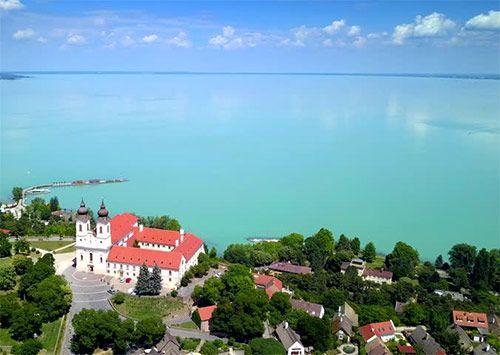 Авиакруиз из Будапешта на озеро Балатон до полуострова Тихань