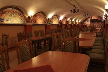 Aranykorona Hotel, Restaurant and Wine Cellar, Miskolc