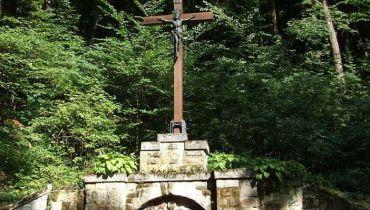 Крест Лимпиас в Лиллафюред, Мишкольц