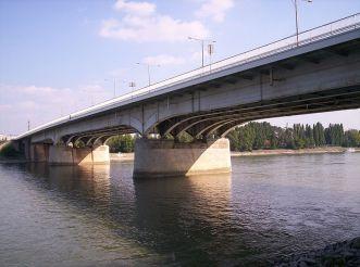 Arpad Bridge, Budapest