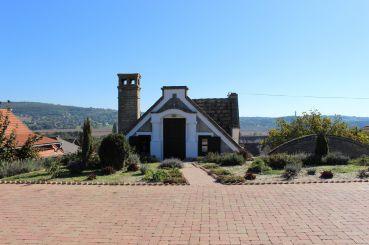Egregy Hill, Heviz