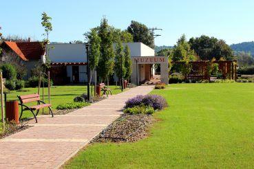 Roman Ruin Garden, Heviz