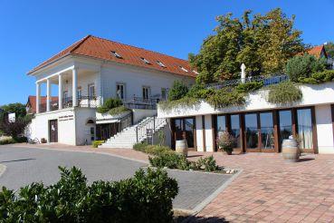 Bock Bistro Balaton and Helikon Taverna, Vonyarcvashegy